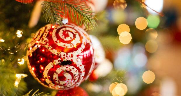 Auguri Per Natale.Frasi Di Natale Per Auguri Formali E Aziendali Alcune Idee Da Condividere