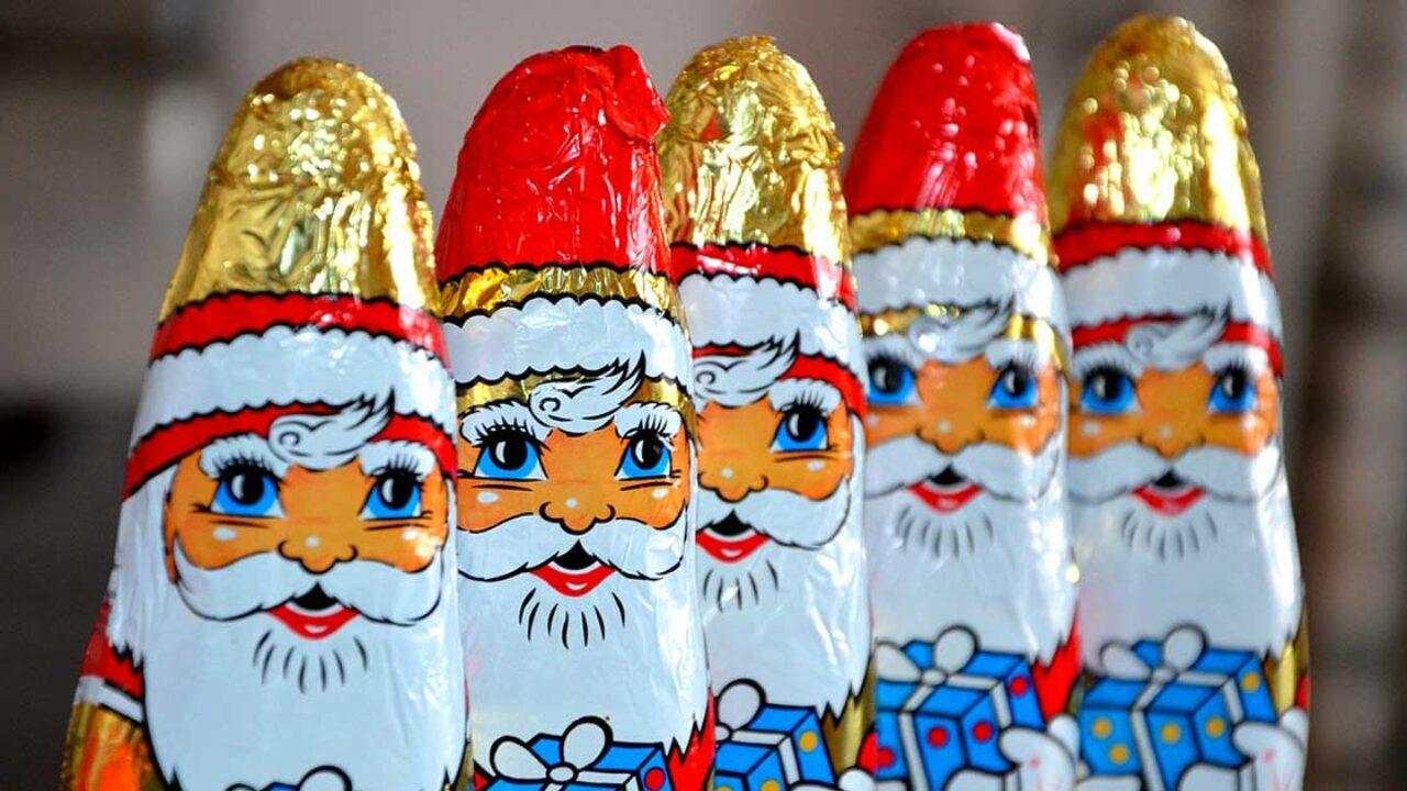 Immagini Natalizie Simpatiche.Frasi Di Natale Divertenti Fai Gli Auguri Di Natale Con Un Bel Sorriso