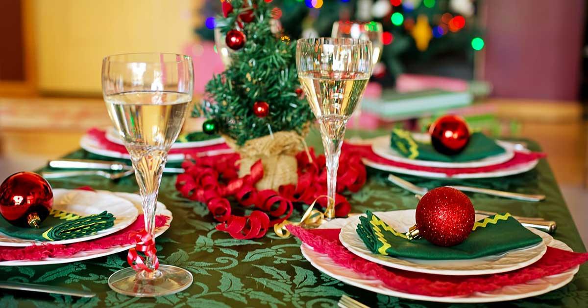 Come si apparecchia la tavola per Natale